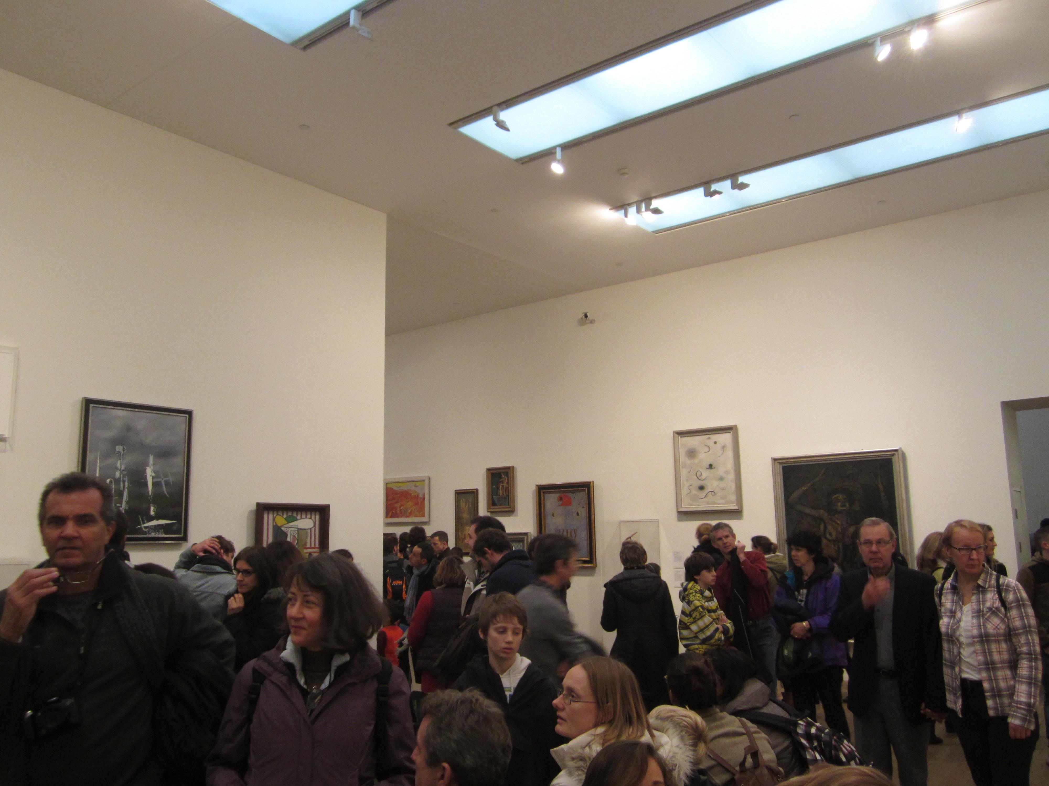 Contrasting Museums: Tate vs V&A