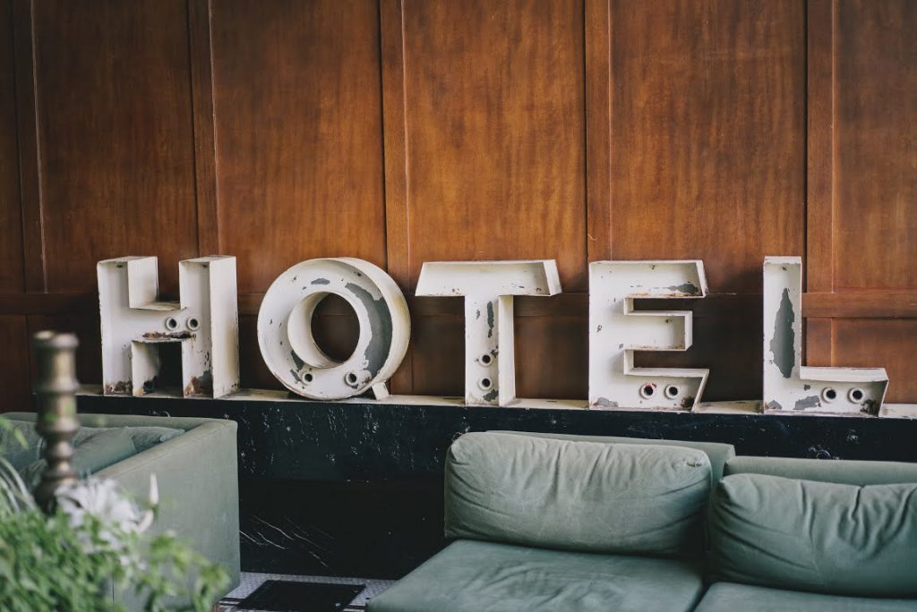 2018 Best Lent Ever: Day 3: Tip Hotel Housekeeping
