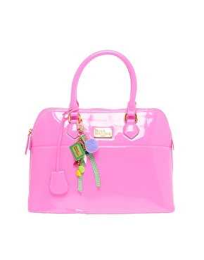 Fashion Friday: Pink Purse