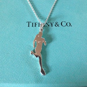 bd245461baa8 authentic-tiffany-co-nike-womens-marathon-finisher-necklace-2005 ...